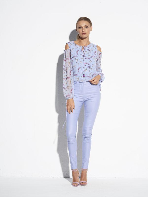 Piękna fioletowo-liljowa zwiewna bluzka