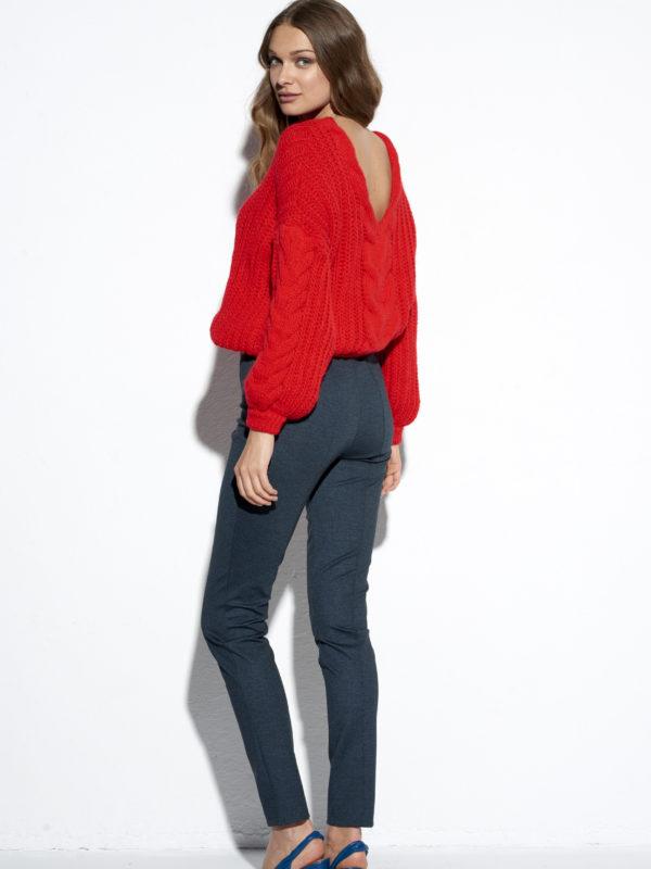 Czerwony sweter Korsyka