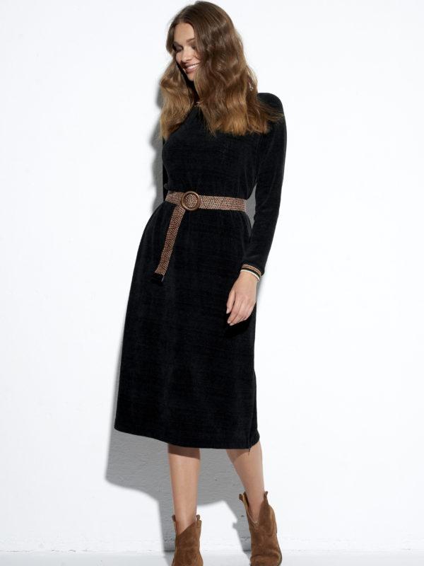 Czarna sukienka Fluffy.