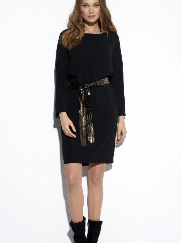 Sukienka Mała czarna.