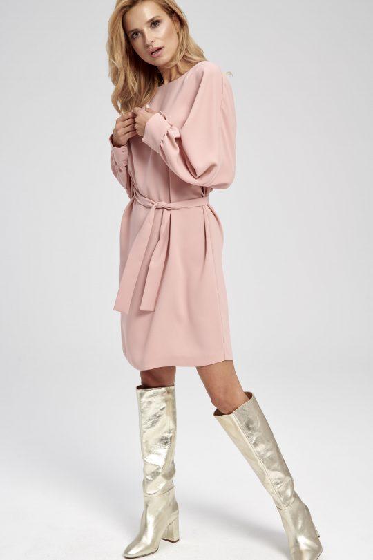 Pudrowo różowa sukienka kimono