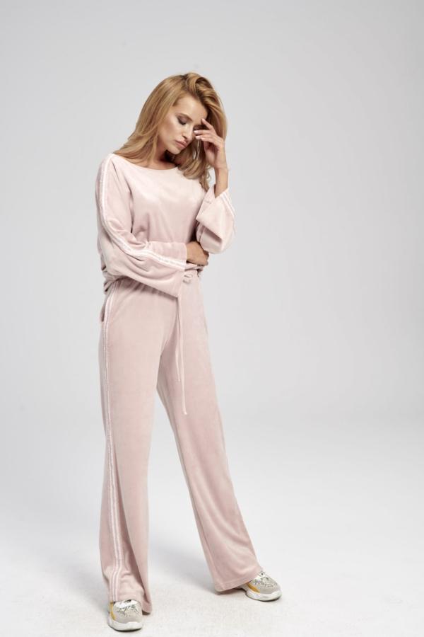 Różowe spodnie dresowe szerokie z cekinowym lampasem Lora