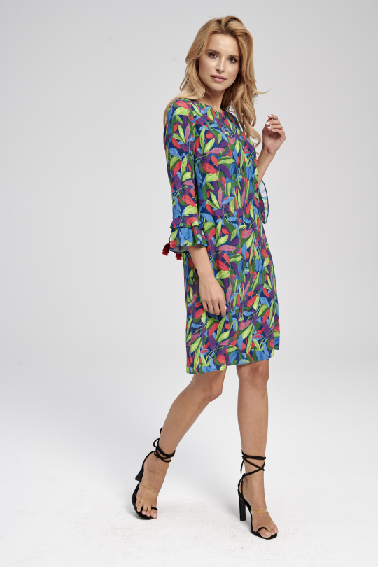 krótka sukienka w kolorowe liście
