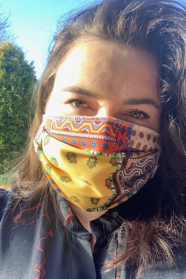 Kolorowa maska wielorazowa