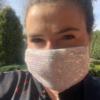 biała cekinowa maska