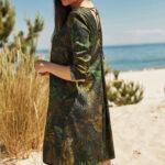 zielona sukienka z nadrukiem
