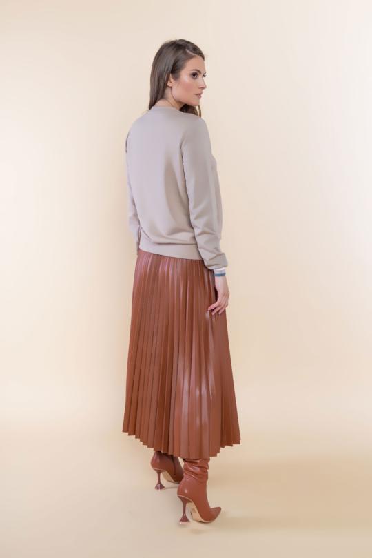 brązowa plisowana spódnica